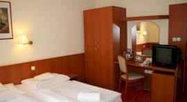 Korona Panzio Hotel