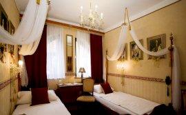 Kétágyas szoba (külön ágyak)