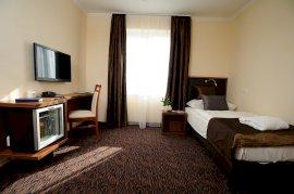 Hotel Eger egyágyas modern stílusú szoba