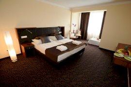 Hotel Eger Comfort pótágyazható kétágyas szoba