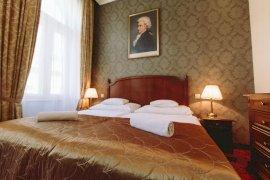 Classic franciaágyas szoba (1 fő részére)