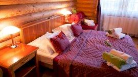 Standard szoba a rönk- vagy kőépületben