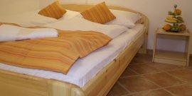 Leander Üdülőház 2 ágyas szoba