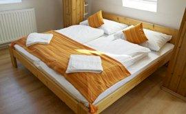 Főépületi 4 ágyas szoba