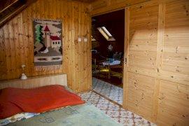 Fenti elhúzható szoba