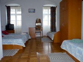6-os: földszinti 4 ágyas szoba