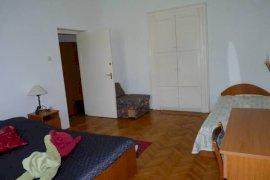 Apartman nagyszobája 3 fő részére