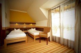 Standard kétágyas szoba, külön ággyal 1 fő részére