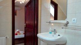 lakosztály fürdőszoba