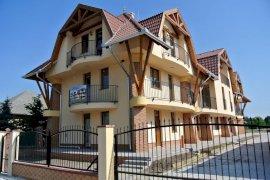 -  - házak  -  apartmanok apartmanok