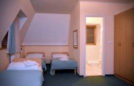 Négy személyes szoba