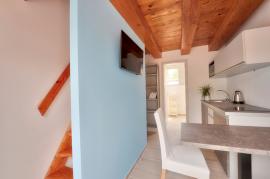 Villa 3 Stúdioapartman erkéllyel, osztott szintes