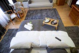 Kétágyas szoba kanapéággyal