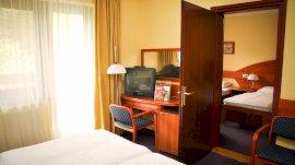 Hotel Lövér-összenyitható szobák