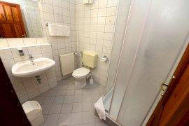 Fürdőszoba-Zuhanykabinos