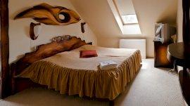 Egyfős szoba