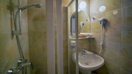 Standard kétágyas szoba erkéllyel/terasszal
