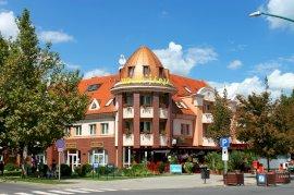 - debreceni nyugdíjas hotel