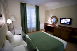 4 ágyas kabin