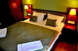 Kétágyas szoba külön ággyal 1 fő részére