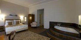 Delux sarokkádas szoba
