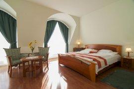 Háromágyas standard szoba
