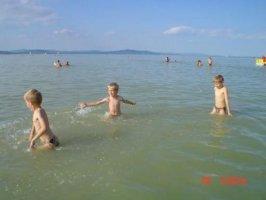 6 fős önálló nyaralóház strandközelben