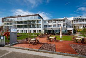 Hotel Yacht Wellness& Business Siófok