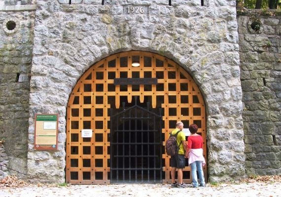 Anna-barlang, Miskolc-Lillafüred