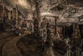 Az Aggteleki-karszt és a Szlovák-karszt barlangjai (1995 és 2000)