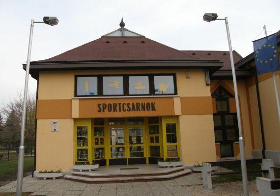 Komárom Városi Sportcsarnok, Komárom