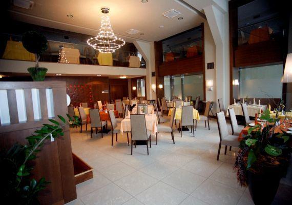 Kékes Étterem, Gyöngyös