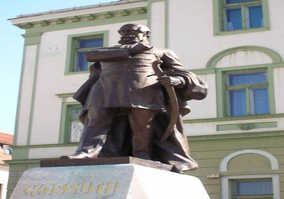 Kossuth-szobor, Kaposvár