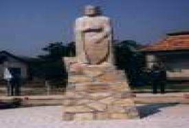 IV. Béla király szobra