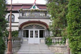 Községháza épülete