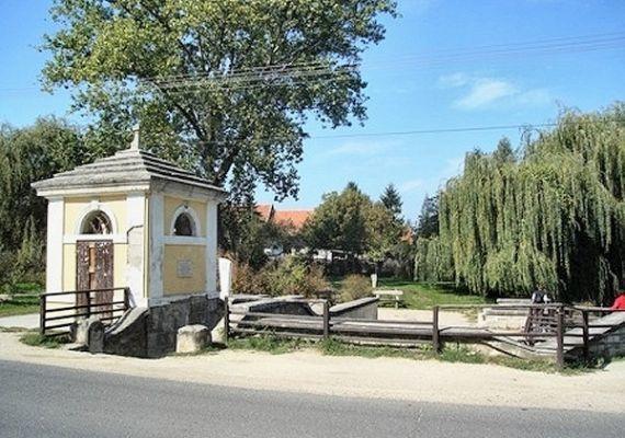 Magyar kút, Etyek