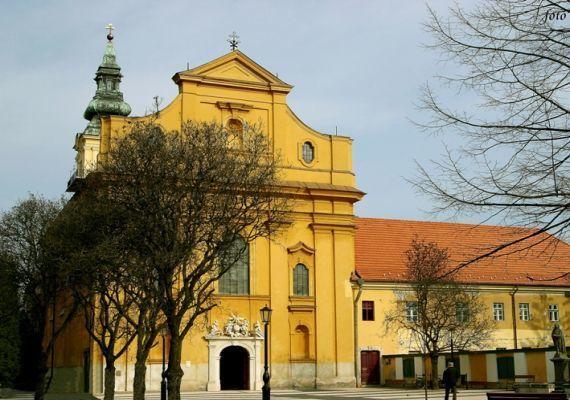 Belvárosi Szentháromság templom (volt Ferences Templom), Szolnok