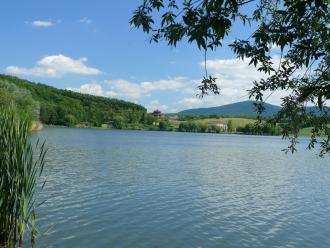 Nőtincsi-tó