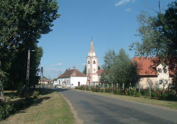 Evangélikus templom, Lócs