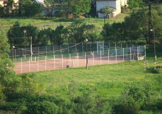 Csokvaományi teniszpálya, Csokvaomány