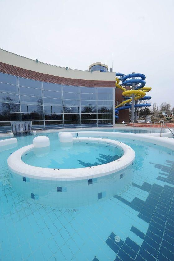 Napfényfürdő Aquapolis Szeged, Wellness-, Gyógy- és Élményfürdő, Szeged