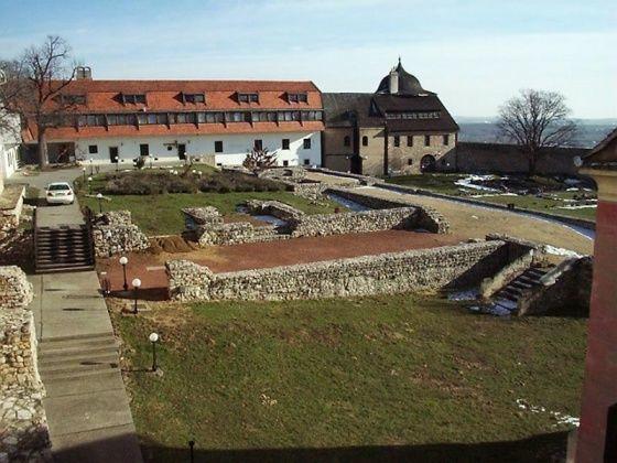 Pécsváradi vár, Pécsvárad