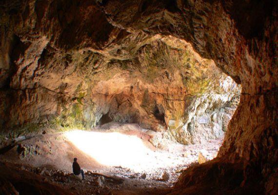 Szeleta-barlang, Miskolc-Lillafüred