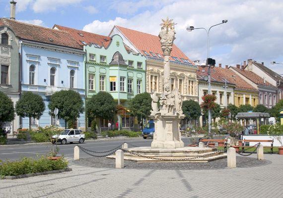 Szentháromság szobor, Tapolca