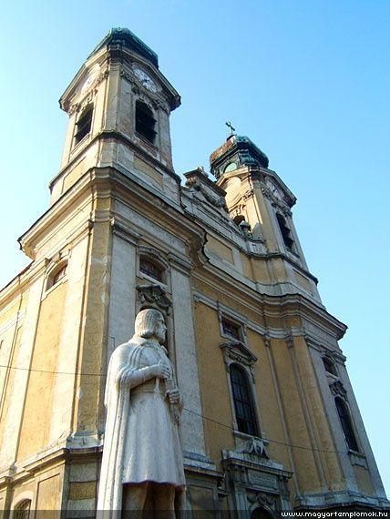 Szent Kereszt Plébánia Templom