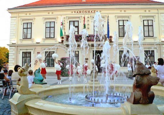 Kossuth tér - Városháza, Sárvár